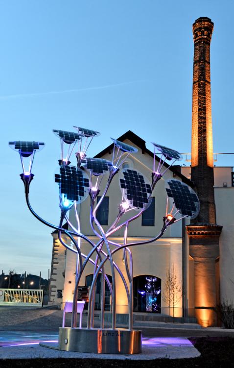Kunstwerk PV Baum © Ertex Solar